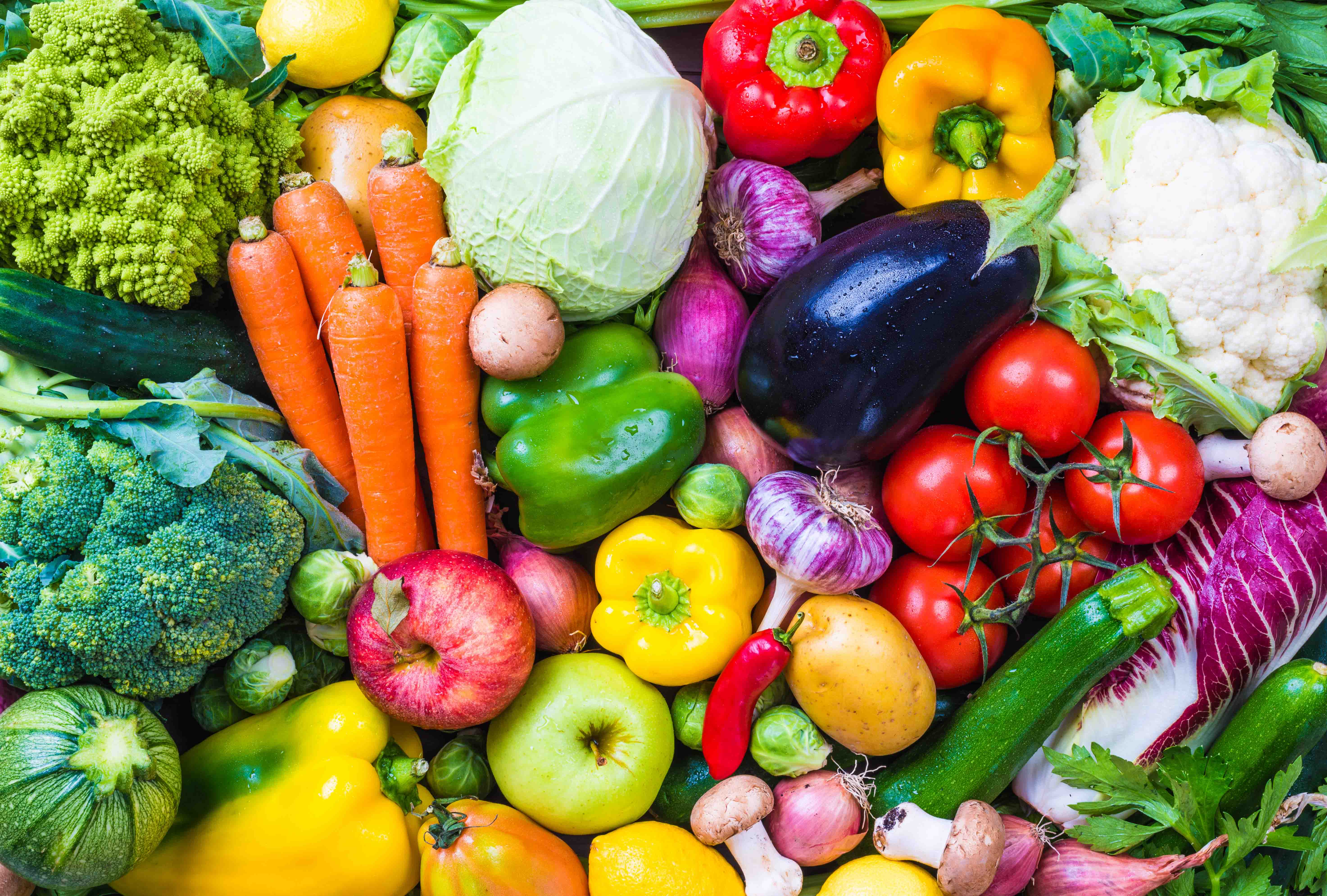 7-Superfoods-You-Should-Be-Eating-Every-Day